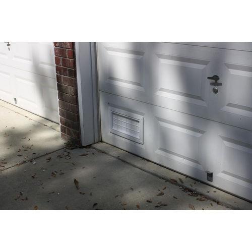 Flood Flaps FFNF05GD W Garage Door Flood Vent, White